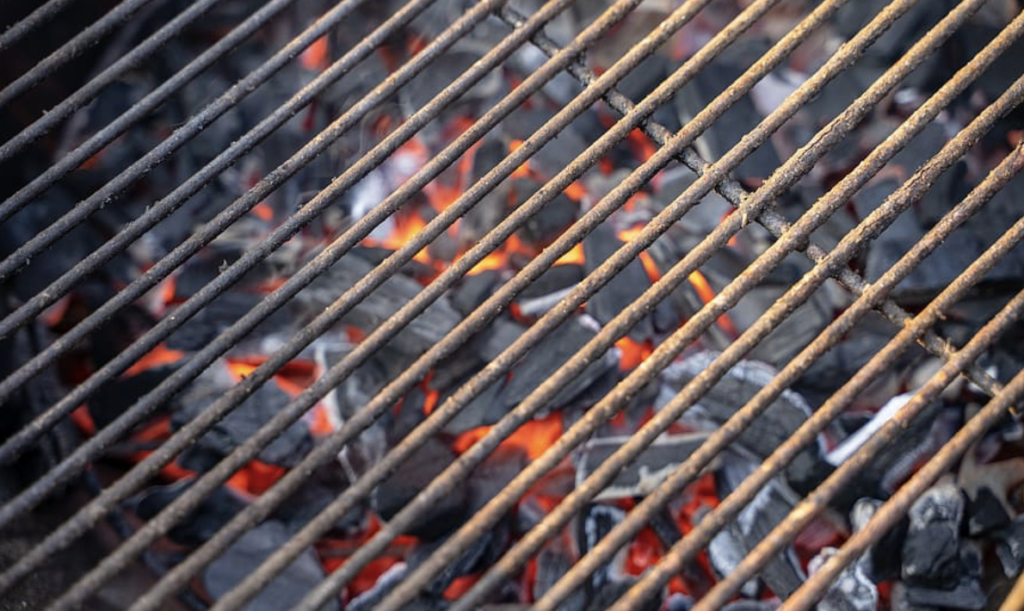 How To Clean Grill With Vinegar And Soapy Water