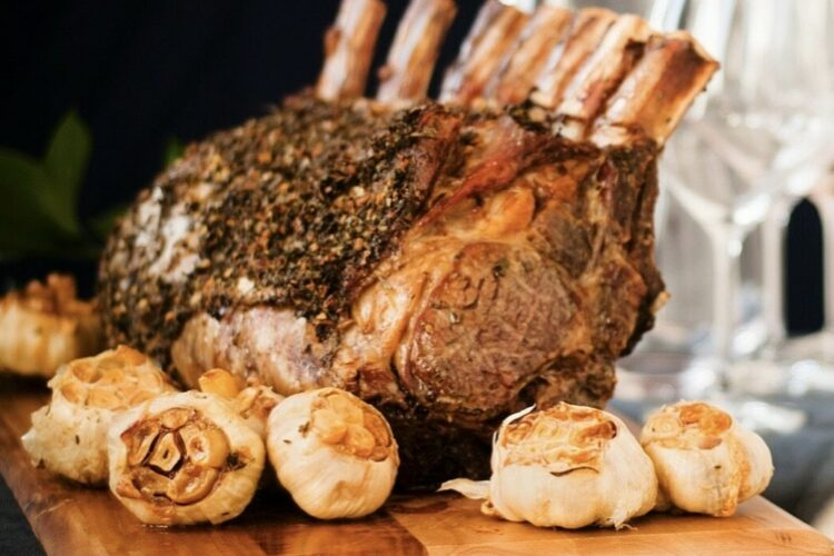 How to cook a PRIME RIB ROAST ON THE BIG GREEN EGG